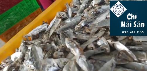 cá trích khô luoc chín, phơi khô