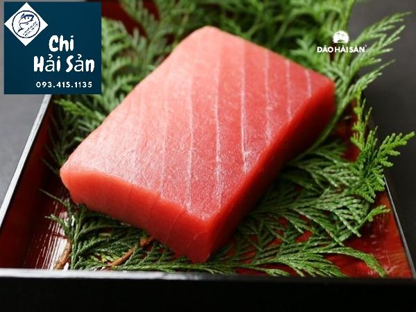 cá ngừ cắt Saku