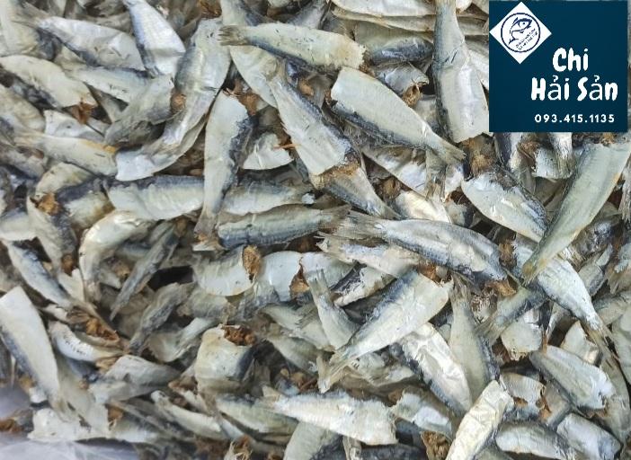 Cá trích khô phế liệu