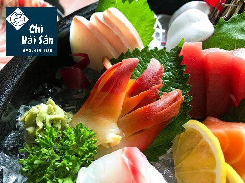 Làm sushi sò đỏ